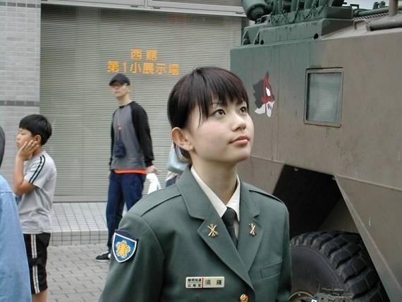 Những nữ cảnh sát dũng cảm xinh đẹp của các nước World%27s+Most+Bravest+Uniformed+Ladies+23