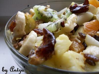 Articole culinare : Salta de fructe-un  mic dejun copios
