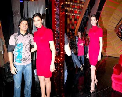 Deepika Padukone Farhan Akhtar Oye its Friday pink dress