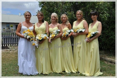 Silk Flower Bouquets on Artificial Wedding Flowers And Bouquets   Australia  1 03 10   1 04 10