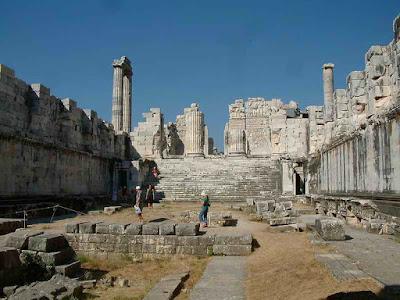 naos+apollonos+didyma Ο Σέλευκος, ο Διδυμαίος Απόλλων και οι ...δραχμές