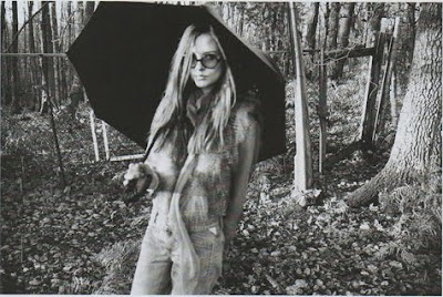 [hippie2.jpg]