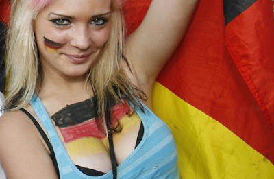 german-soccer-football-fans-sexy