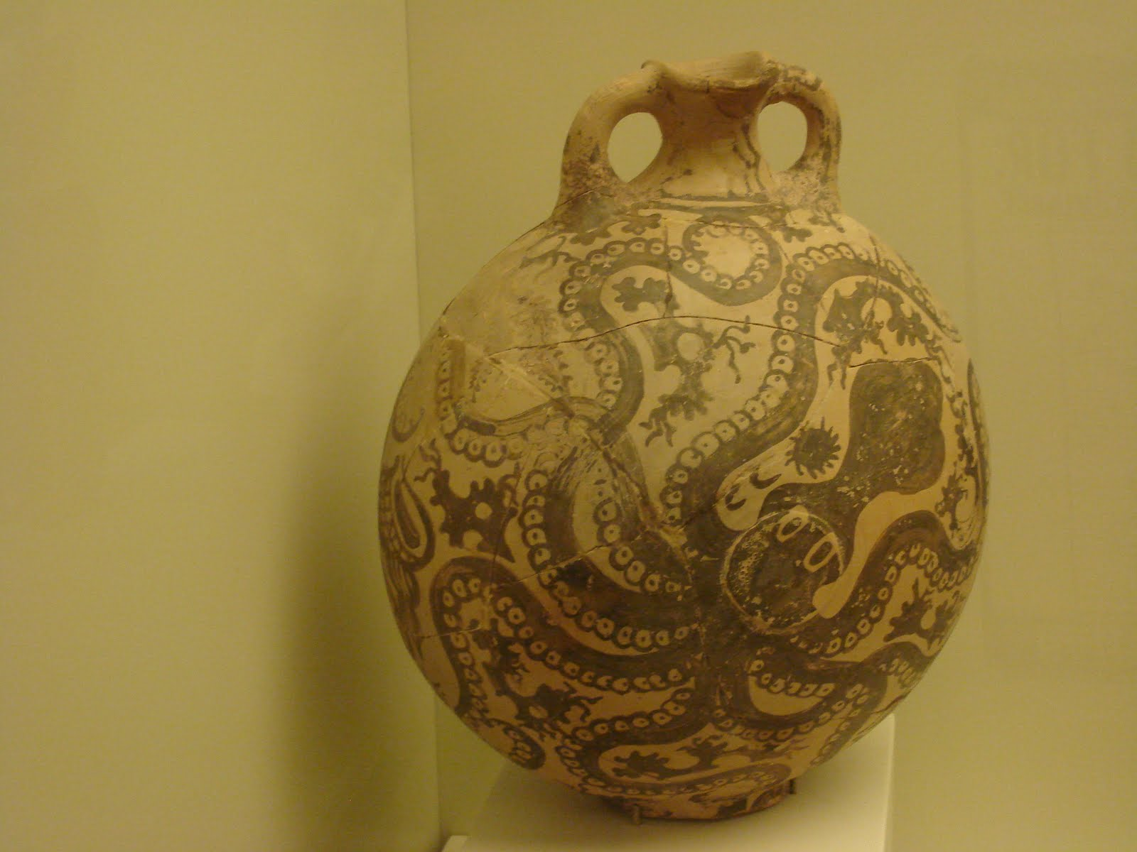 Areopagitica knossos artifacts cool octopus jar reviewsmspy