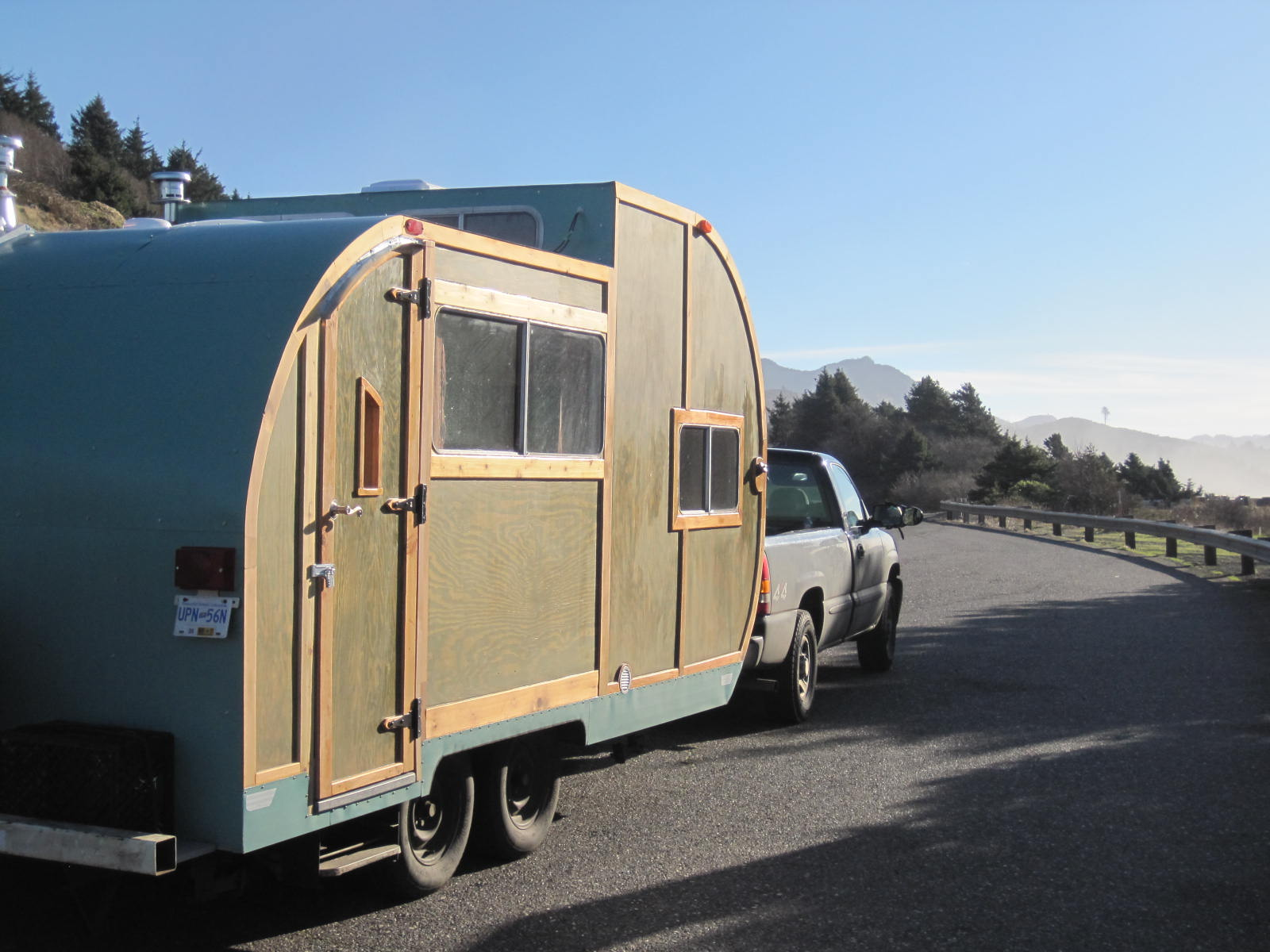 Tiny home teardrop trailer for Tiny house pictures on trailers