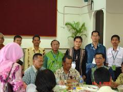 Bersama YB Tan Sri Muhyiddin Yassin, YB Abd Aziz Sapian dan Ahli-Ahli Jawatankuasa