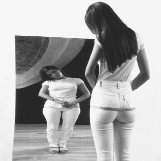 http://3.bp.blogspot.com/_NCdX-k-on2c/SUdnW2nKGdI/AAAAAAAAA_o/qxq7KuZPwdw/s400/bulimia.jpg