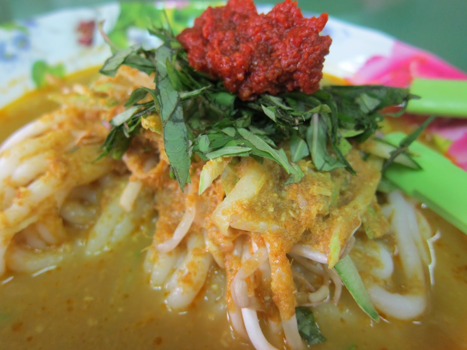 Singapore Restaurants, Singapore Food: Laksa