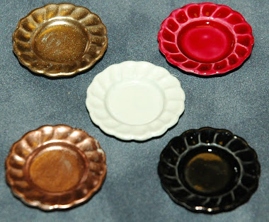 Miniature color dinner plates $ 1.50 per plate