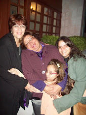 Beth,Mônica e Yasmin