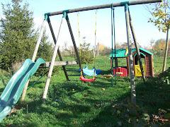 Le coin jeux en extérieur pour les enfants