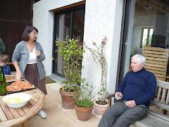 Gérard et Gisèle vous accueillent autour de la table pour partager le verre de l'amitié