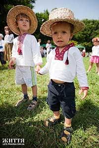 Casamentos e filhos na Ucrânia. Cresce o número dos filhos fora de casamento