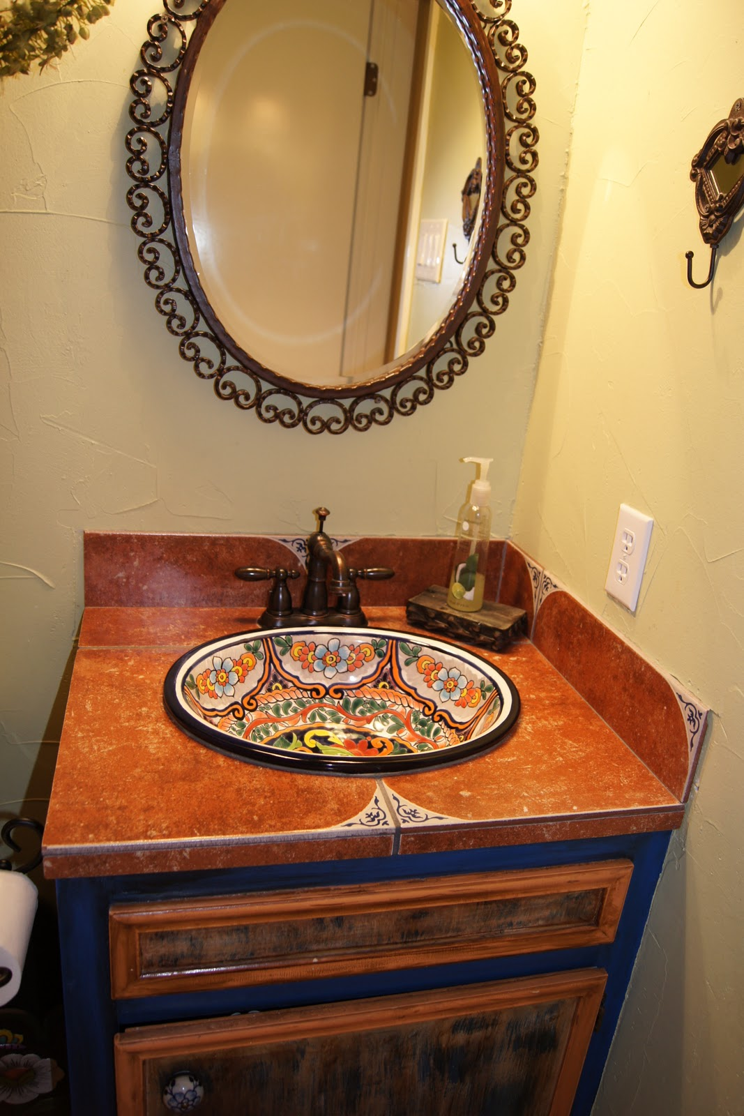 Bathroom Design Mexican Tile : Colonial parkway