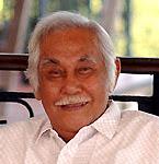 Biografi Bob Sadino - Pengusaha Sukses Dari Indonesia