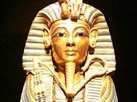Biografi Firaun Tutankhamun - Penguasa Termuda Mesir Kuno Dan Kutukannya Yang Terkenal