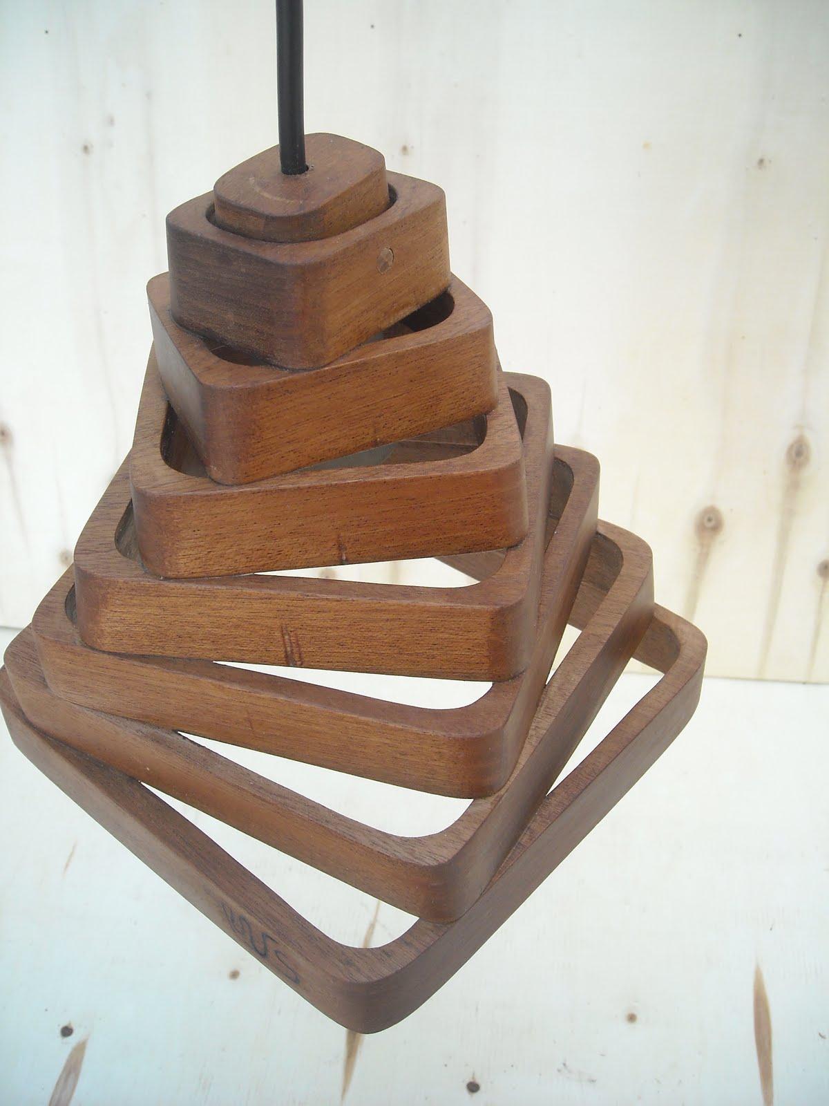 Manuel fernandez salafia lamparas de techo madera de zapelly - Lampara de techo de madera ...