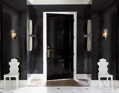 Black glossy walls with white accents and a marble floor is utterly striking in this entryway! It looks so simple sleek and chic yet I canu0027t quite put my ... & Vanessa and Valentine: Checkered Floors and Black Doors