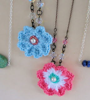 japanese style crochet flower necklaces
