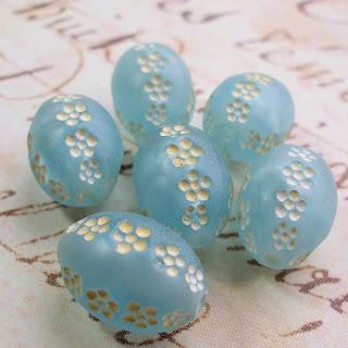 Vintage lucite flower beads