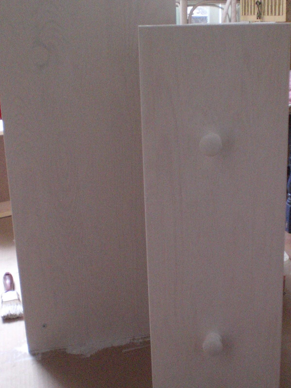 Quiero pintar un mueble pero est barnizado pinturadecor for Mueble recepcion ikea