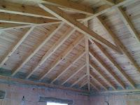 Samaj moreno techo para oficina viga transversal de techo for Techos a tres aguas fotos