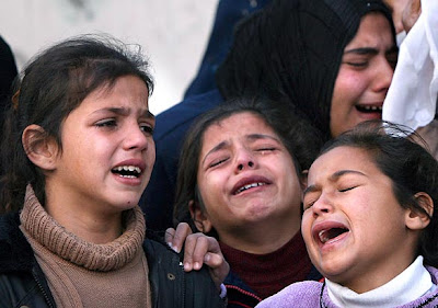 http://3.bp.blogspot.com/_NNGUMwC7UBc/SZOwuUBYnoI/AAAAAAAAASo/QBK5HswpxUE/s400/44398563+-+Air+Mata+Anak-anak+Palestina.jpg