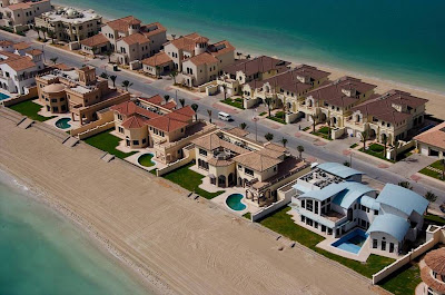 Dubai World and Palm Islands - The World's Largest Land Reclamation Projects