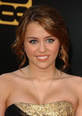 تسريحات نجمات ديزني الى انا احبهم Miley+Cyrus+Hair