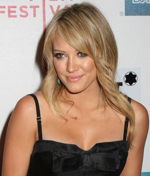 Hilary duff latest layered hair