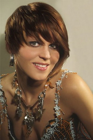trendy short brown hairstyle