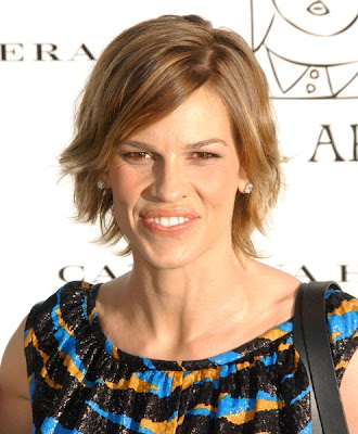 hilary swank fotos. Hilary Swank – Latest Short