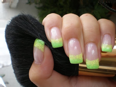 Latest 2010 Prom Nail Designs1