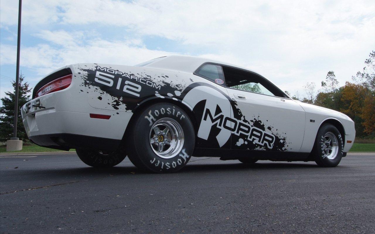 Sport Car Concept: AUTOS CAR WALLPAPERS I Dodge Challenger V10 Mopar ...