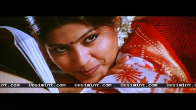 Sexy South Indian Cute actress Sneha making love with a man on bed : Sneha hot masala photos