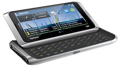 Nokia E7 fotoğrafı: Klavyeli, Symbian^3 işletim sistemli akıllı telefon