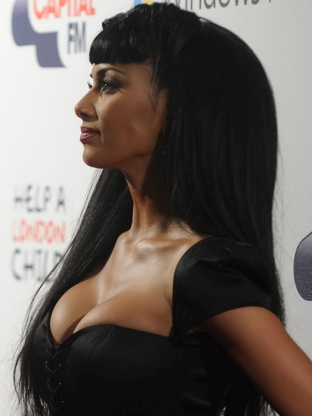 Nicole Scherzinger Cleavage Nude Photos 66