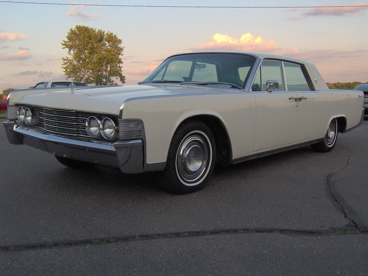 1965 lincoln continental zarrman 1965 lincoln continental specs photos modification info at. Black Bedroom Furniture Sets. Home Design Ideas