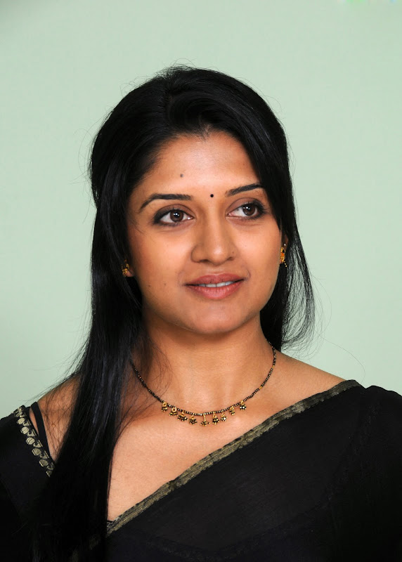 Actress Vimala Raman HQ Latest Stills sexy stills