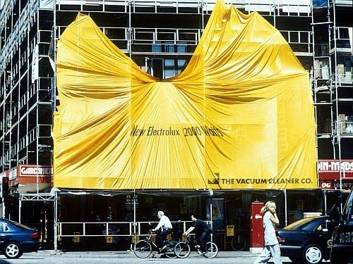 Electrolux açık hava reklamı: 2000 watt