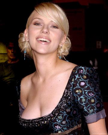 Scarlett Johansson big boobs popping out