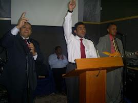 CANTOR JOSÉ ANTONIO E J. SANTOS CANTAM NA IGREJA NATAN DE CRISTO.