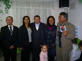 Cantor José Antonio juntamente com o Cantor Jotta Santos cantam em Perus na Assembléia de Deus.