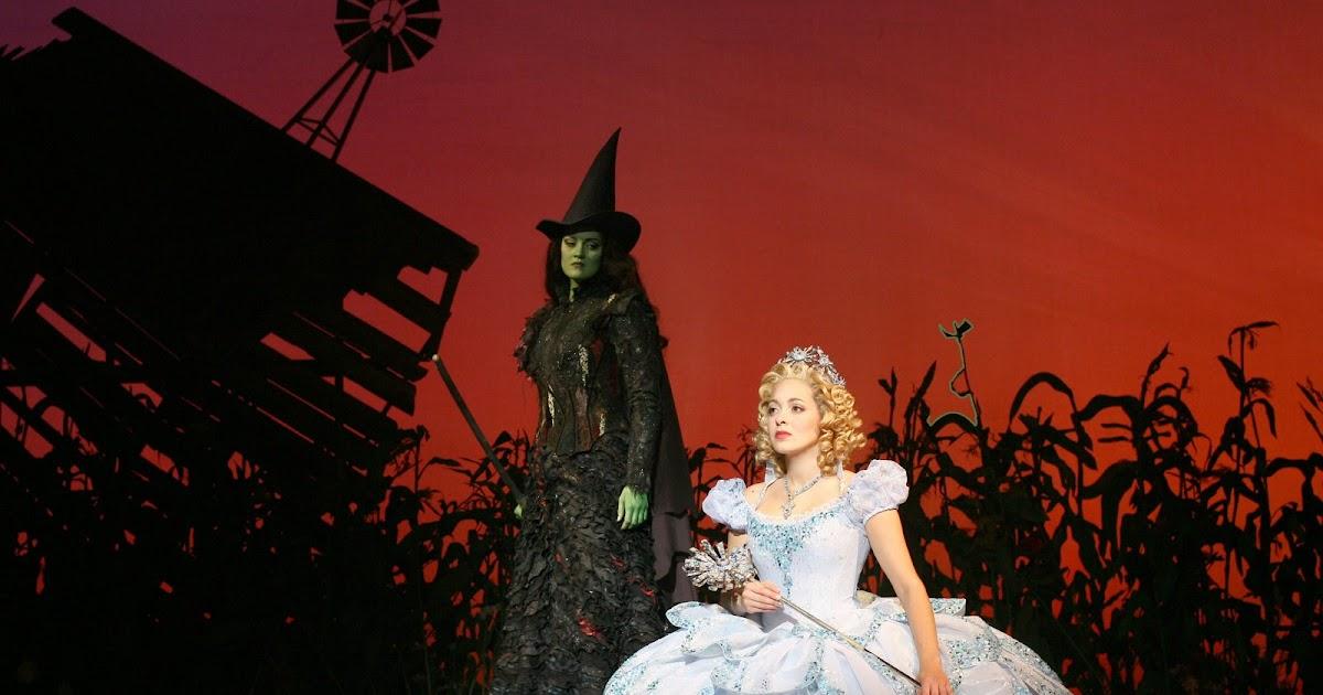 Mirar, escribir, escuchar (blog de Pablo Gorlero): El musical Wicked ...