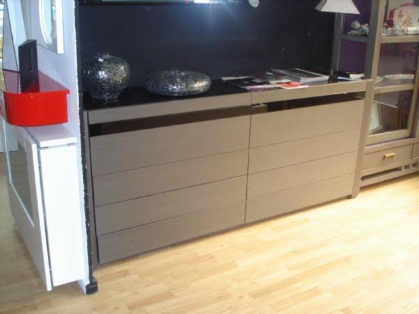 Mueble estanteria con puertas y cajones por raquel martin for Disenar dormitorio juvenil 3d