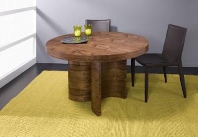 Mesa de comedor extensible con pata lacada blanco brillo y for Mesa comedor pata central