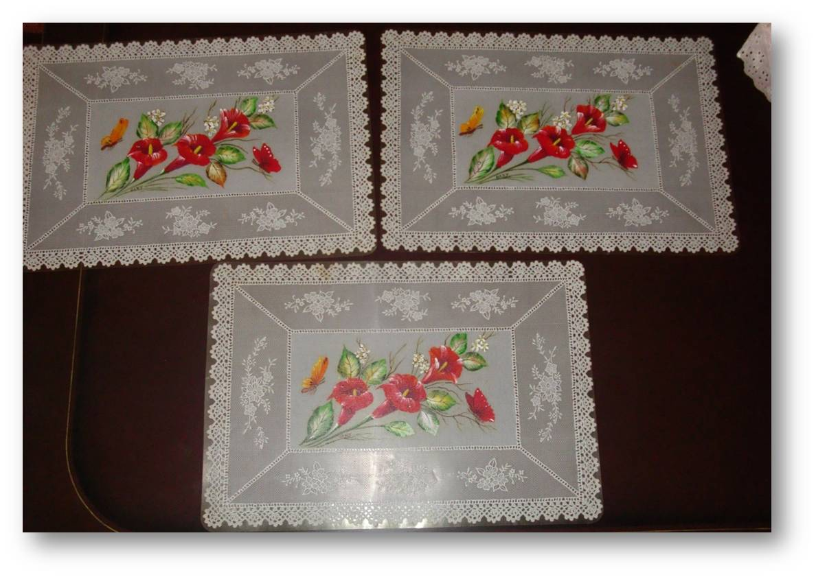 Pintura artesanal manteles repasadores de cocina for Manteles individuales de tela