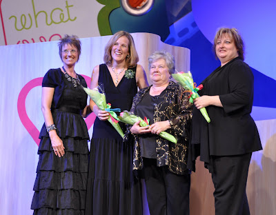 Artisan award winner renee balard, artisan award, heather summers, card, wow card, stamping, fun, late night stampers, stampin up, stamp, ink, awards night, convention