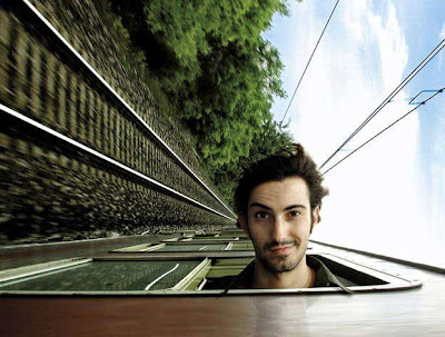 Amazing Stupid Photo - Train