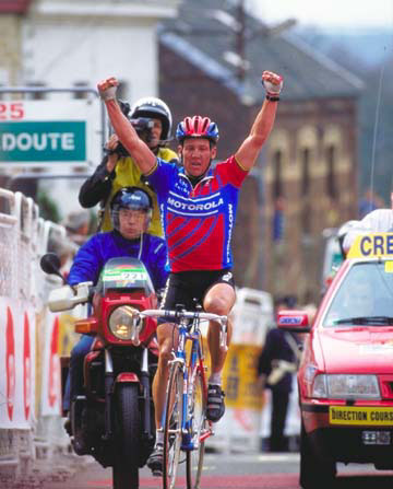 Lance Armstrong winning Fleche Wallonne in 1996